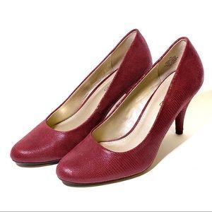 Burgundy Bandolino Snakeskin Heels